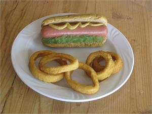 Replica Hot dogs and fake onion rings for display. Fake Hot Dog and Plastic Onion Rings In Stock.